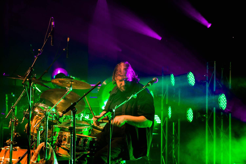 Geneses-europas-groesste-genesis-tribute-show-emden-neuestheater-tour-phil-collins-peter-gabriel-steve-hackett-2017-live-05