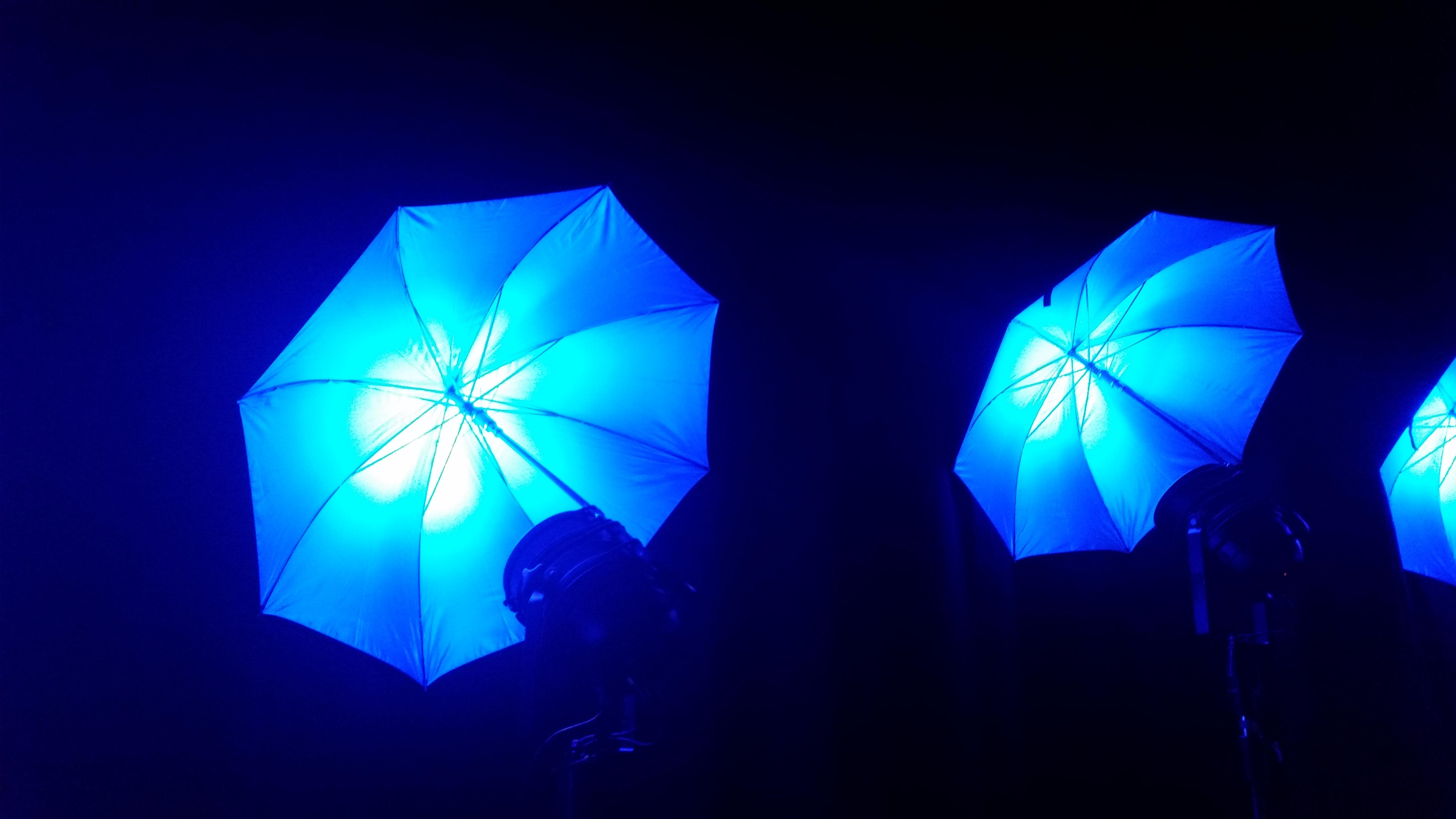 Neue LED Schirme als Designelemente 4