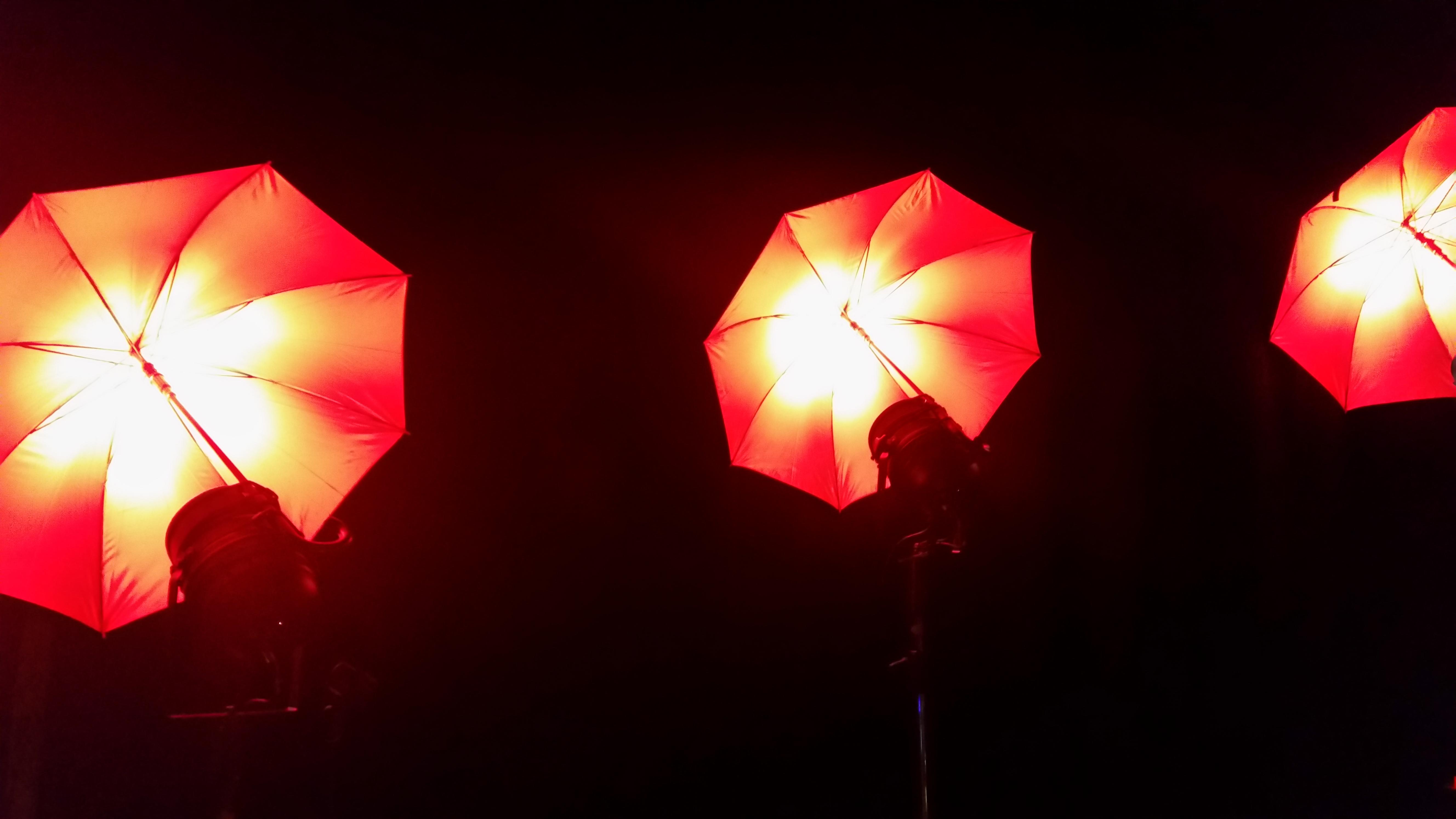 Neue LED Schirme als Designelemente 5