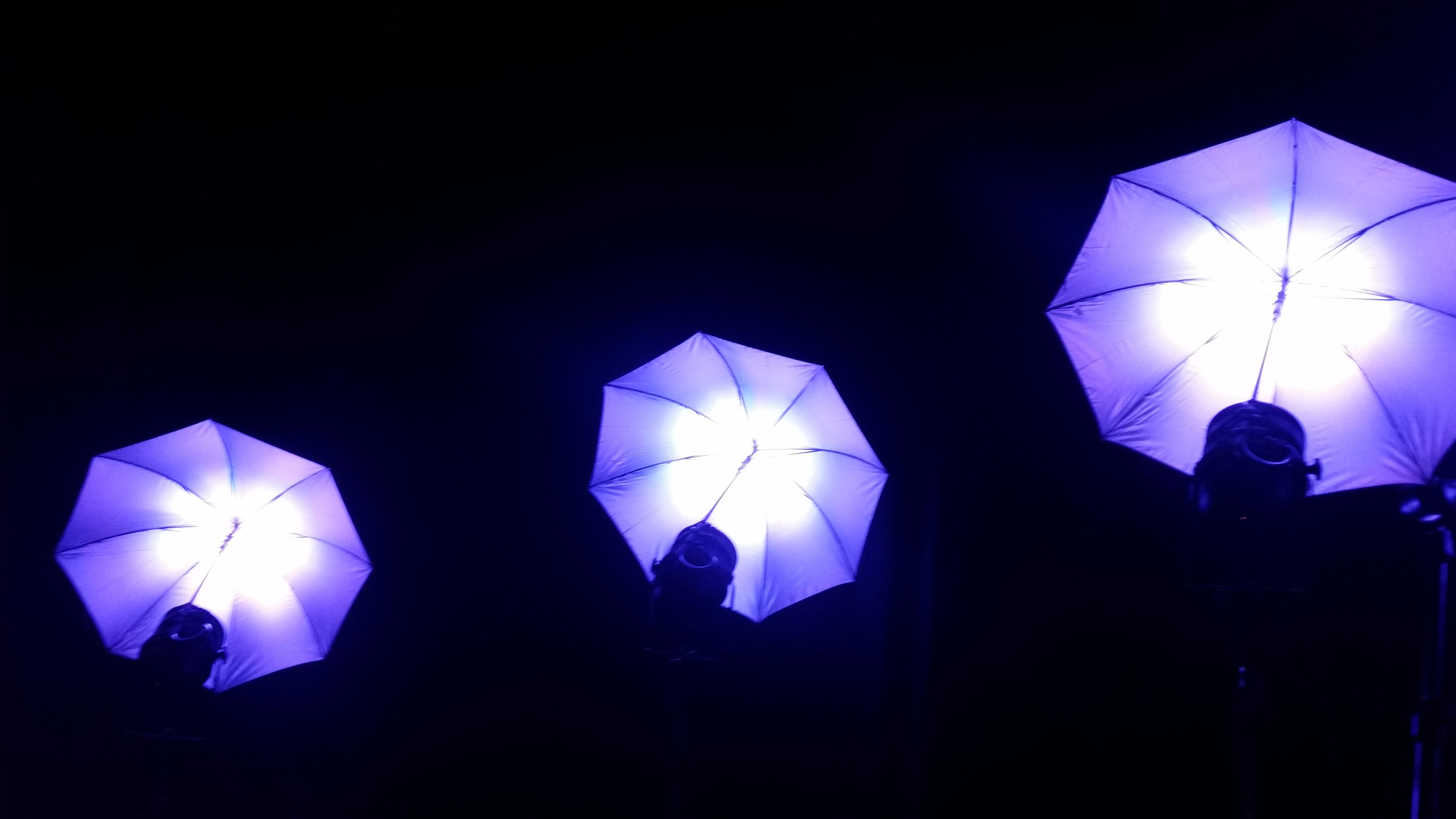 Neue LED Schirme als Designelemente 9